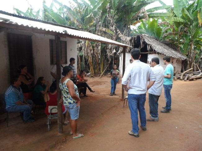 Representantes da Prefeitura apresentaram aos moradores o cronograma de obras no Córrego dos Lúcios