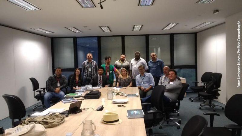 Foto: Umberto Nunes / Prefácio Comunicação Representantes do IBIO, IGAM e presidentes dos Comitês de Bacias Hidrográficas mineiros do Rio Doce se reúnem para assinar a renovação de contrato de gestão 2017/2020 para dar continuidade aos investimentos ambientais e hídricos da bacia